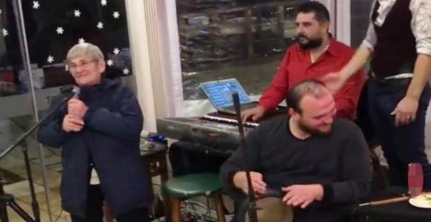 Canan Karatay 2019'a şarkı söyleyerek girdi