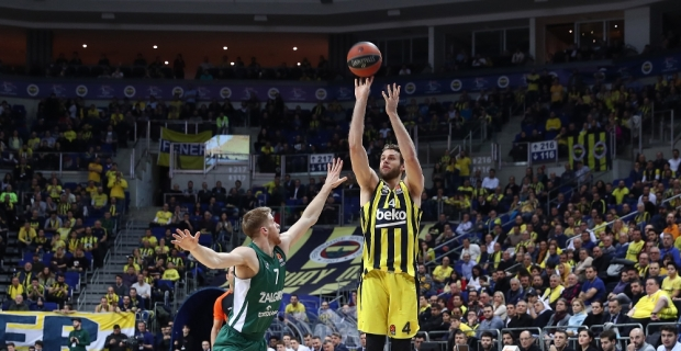 Fenerbahçe, Zalgiris Kaunas'u farklı geçti