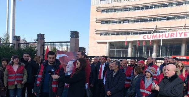 CHP'li muhalifler Genel Merkez'e geldi