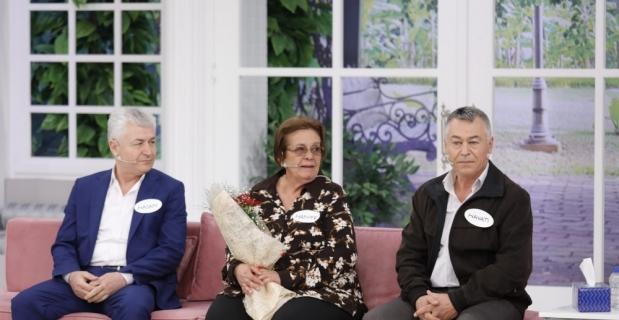 60 yıldır aradığı kardeşlerini Esra Erol buldu