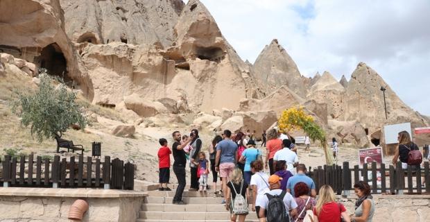 Selime Katedrali turistlerin ilgi odağı