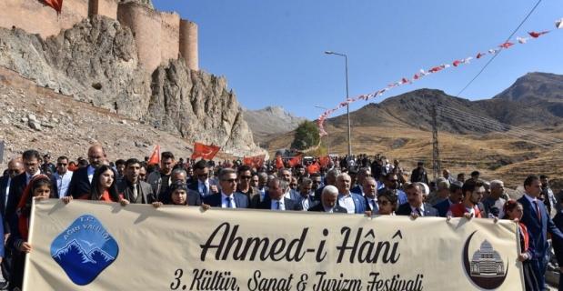 Ağrı'da 3. Ahmed-i Hani Kültür, Sanat ve Turizm Festivali başladı