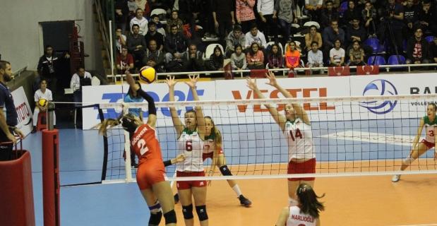 2020 CEV 17 Yaş Altı Kızlar Avrupa Şampiyonası Elemeleri: Türkiye: 3 - Bulgaristan: 0
