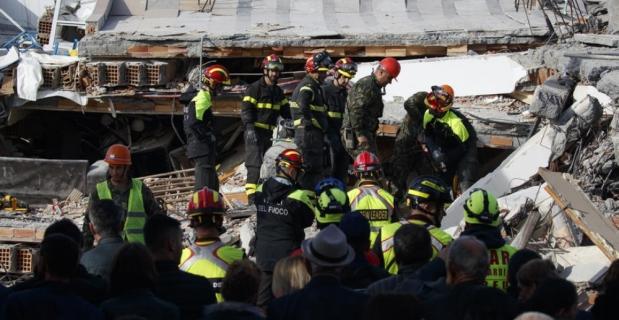Arnavutluk'ta depremin bilançosu artıyor: 27 ölü