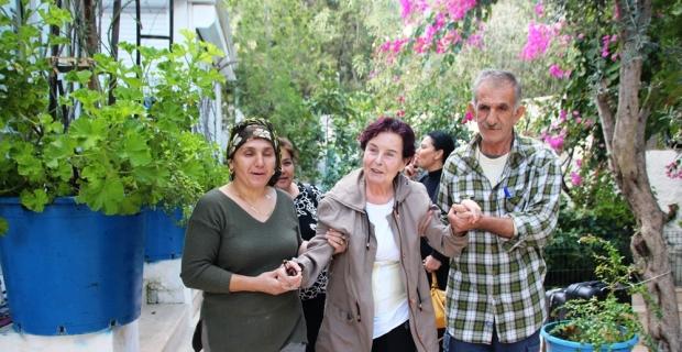 Fatma Girik, 2 ay tedavinin ardından Bodrum'a döndü