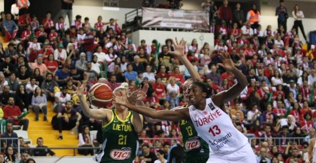 FIBA 2021 Avrupa Şampiyonası Elemeleri: Türkiye: 74 - Litvanya: 51