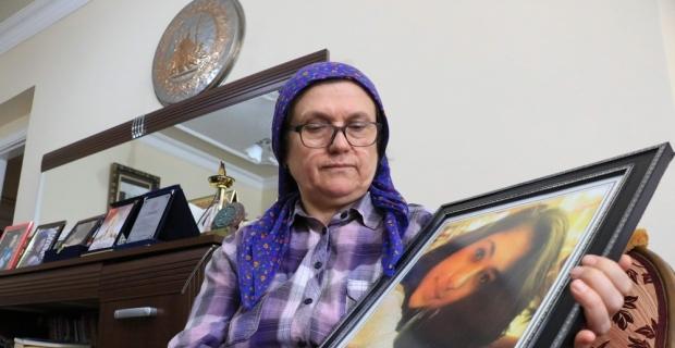 Şehit Aybüke öğretmenin annesinden yürek burkan sözler