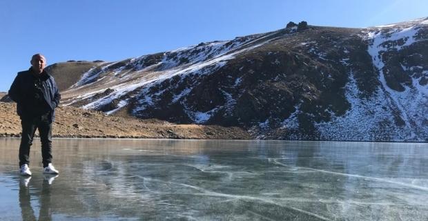 Sıcaklık eksi 17'yi gördü, göller buz pistine dönüştü