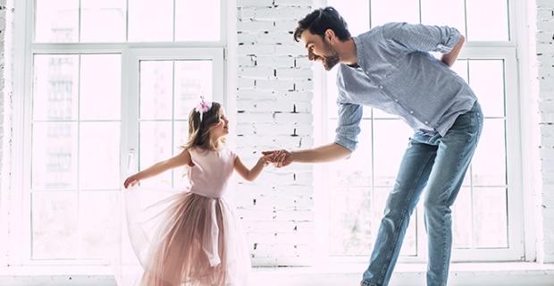 Çocuklar için rol model olduğunuzu unutmayın, aşırı telaşlı ve panik davranmayın