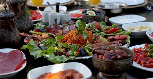 Ramazan'da tüketilmesi gereken 5 önemlibesin! Yemeklerinizin yanında...