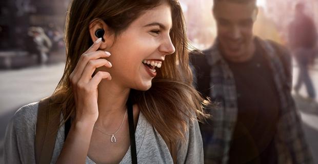Yeni yazılım güncellemeleri sayesinde Samsung Galaxy Buds kulaklığınızla daha fazlasını yapın!