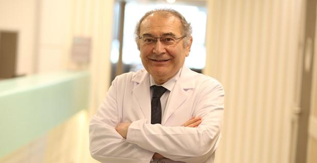 """Prof. Dr. Nevzat Tarhan: """"İyilik yapmak, mutluluk veriyor, antidepresan etkisi yapıyor"""""""