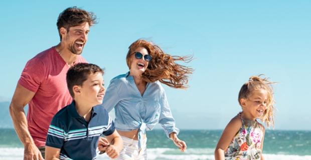 Güneş açık tenlileri ve çocukları daha hızlı yakıyor!