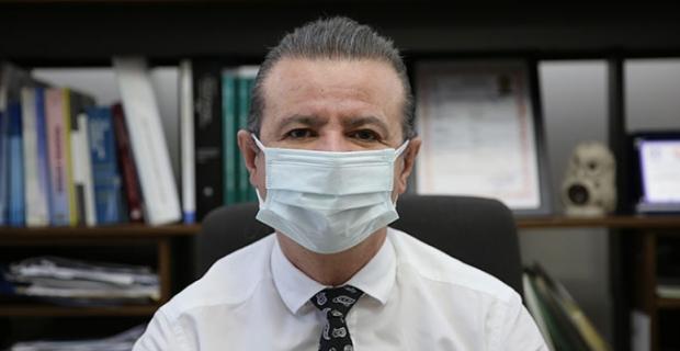 """Prof. Dr. Ahmet Akçay: """"Koronavirüse karşı nemli maske koruyuculuğunu tamamen kaybediyor"""""""