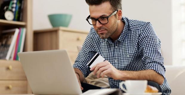 Pandemi online alışverişi yüzde 4 artırdı, bu yıl 240 milyar liraya yükselmesi öngörülüyor