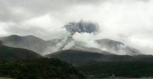 Japonya'daki volkan yeniden harekete geçti