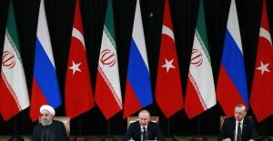 """""""Suriye krizine siyasi çözüm umutları daha önce hiç bu kadar filizlenmemişti"""""""