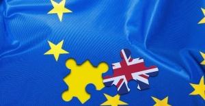 AB liderleri Brexit'in ertelenmesini şartlı kabul etti