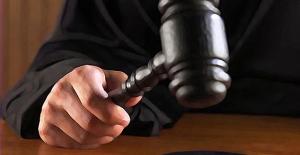 Eski futbolcu İsmail Demiriz'e FETÖ'den ceza
