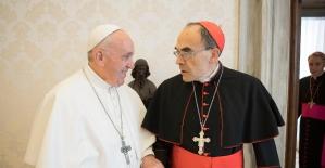 Papa, çocuk tacizini gizleyen kardinal ile görüştü