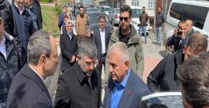 Binali Yıldırım, Sultanbeyli'de cami açılışına katıldı