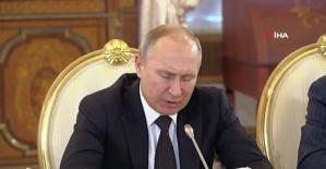 """Putin: """"Gündemimizde S-400'lerin sevkiyatının tamamlanması var"""""""