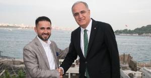 Vestel iki yıl daha Türk voleybolunun ana sponsoru oldu