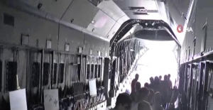 TEKNOFEST'te Airbus A400M uçağı için vatandaşlar kuyruğa girdi