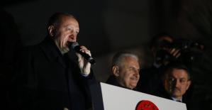 """Cumhurbaşkanı Erdoğan: """"YPG'ye verilen 33 bin tır silahı bulduk, şimdi onları topluyoruz"""""""