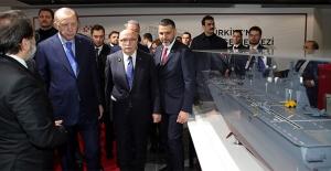 """Cumhurbaşkanı Erdoğan: """"Türkiye'nin geleceği, teknolojide ve inovasyondadır"""""""