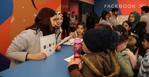 Facebook, Türkiye'de daha güvenli bir internet sağlama çalışmalarını sürdürüyor