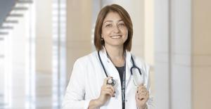 """Dr. Ayşe Sokullu: """"Aşıyı reddedenler sadece kendilerini değil tüm toplum sağlığını etkileyebilir"""""""