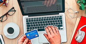 Karantina sürerken çevrim içi alışveriş sitelerine ve yayın platformlarına saldırılar arttı!
