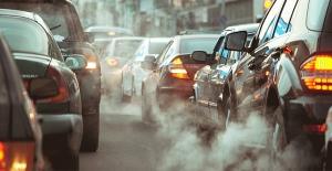 Koronavirüs hava kirliliğine sebep olan katı parçacıklara tutunuyor