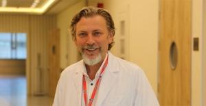 Parkinson hastalarına sigara yasak, fiziksel aktivite şart: Evde yürüyüş yapmalı