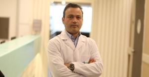 """Prof. Dr. Mehmet Kerem Canbora: """"Evde en çok çocuklar ve yaşlılar düşüyor"""""""