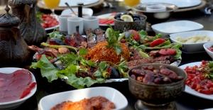 Ramazan'da beslenmeye dikkat! Oruç tutarken bağışıklık sisteminizi de koruyun
