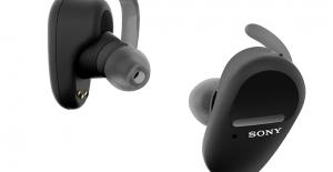 Sony, tamamen kablosuz kulaklık serisini WF-SP800N ile güçlendiriyor