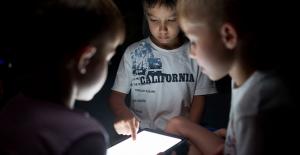 Siber Suç Odaklarına Dikkat! Çocuklarımızı sanal dünyadaki tehlikelerden korumanın yolu