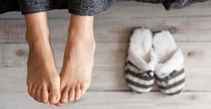 Aynı ayakkabıyı 2 gün üst üste giymeyin! Kışın ayak bakımınızı ihmal etmeyin, çünkü…