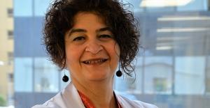 """Prof. Dr. Dilek Necioğlu Örken: """"Koronavirüs nörolojik sorunlara yol açabiliyor"""""""