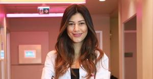 """Psikolog Dilara Aloğlu: """"Lohusalık depresyonu, bebeğin yaşamını da etkiliyor, ilk 2-4 haftaya dikkat"""""""