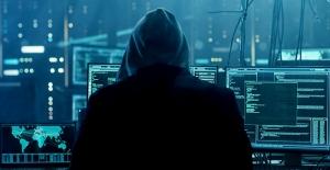 Android takip yazılım uygulamaları tehdit saçıyor: 58 uygulamada 150'den fazla güvenlik sorunu