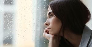 Sonbahar depresyonuna karşı 7 öneri! Kadınlarda daha fazla görülüyor, nedeni ise…