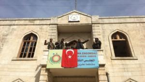 Afrin şehir merkezine bayrağımız böyle dikildi