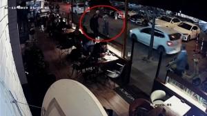 Beşiktaş'ta başörtülü öğretmene dehşeti yaşatan kadın böyle görüntülendi