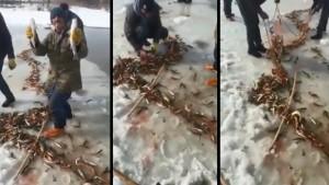 Buz tutan derede balık avı bereketli oldu