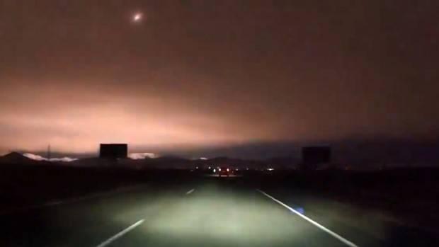 Rusya'da meteor geceyi böyle aydınlattı