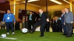 Cumhurbaşkanı Erdoğan topun başına geçti
