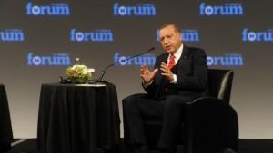 """Erdoğan: """"FETÖ denilen adam sembolik, idare edenler başka"""""""